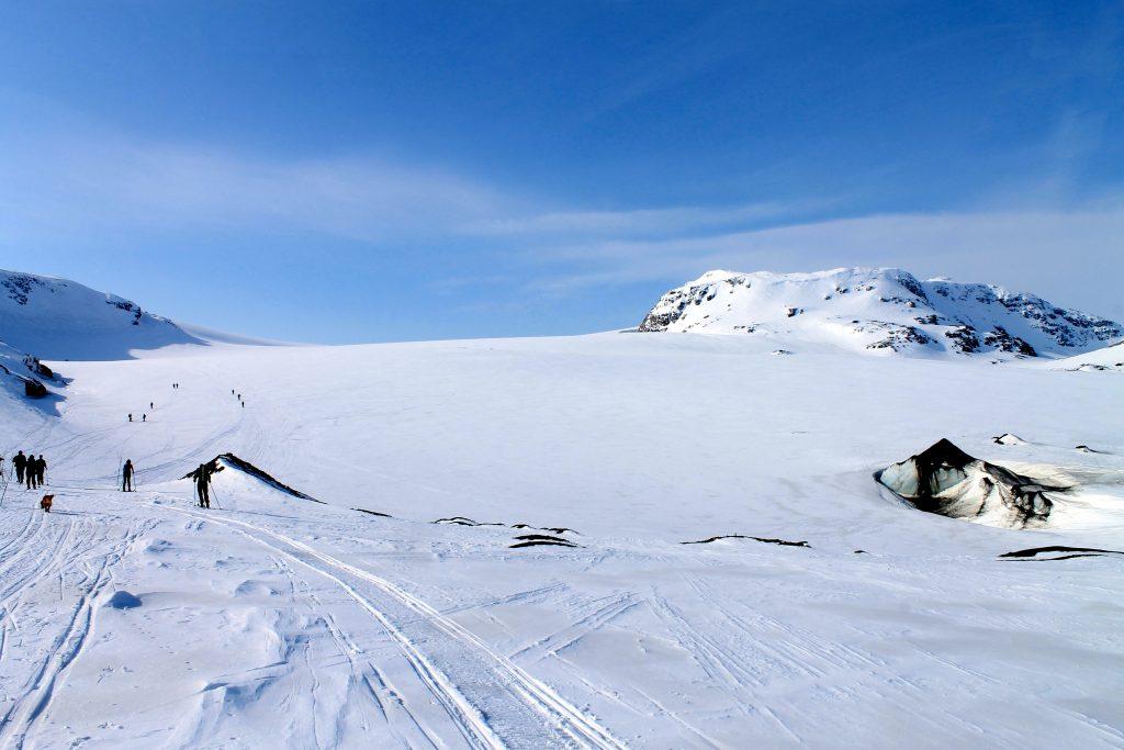 Brearmen Middalen med Bukkaskinshjallane bak.