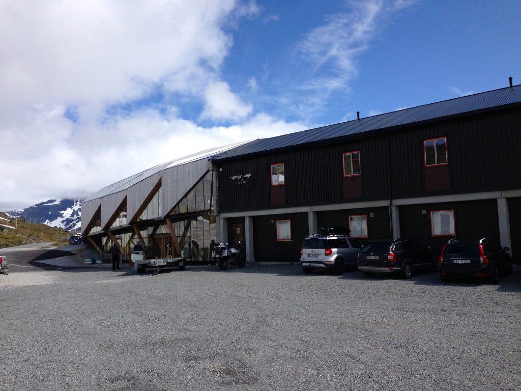Sognefjellshytta er et godt utgangspunkt for turer på Sognefjellet.