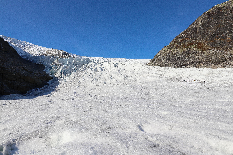 Et taulag på vei opp mot øvre delen av Nigardsbreen.