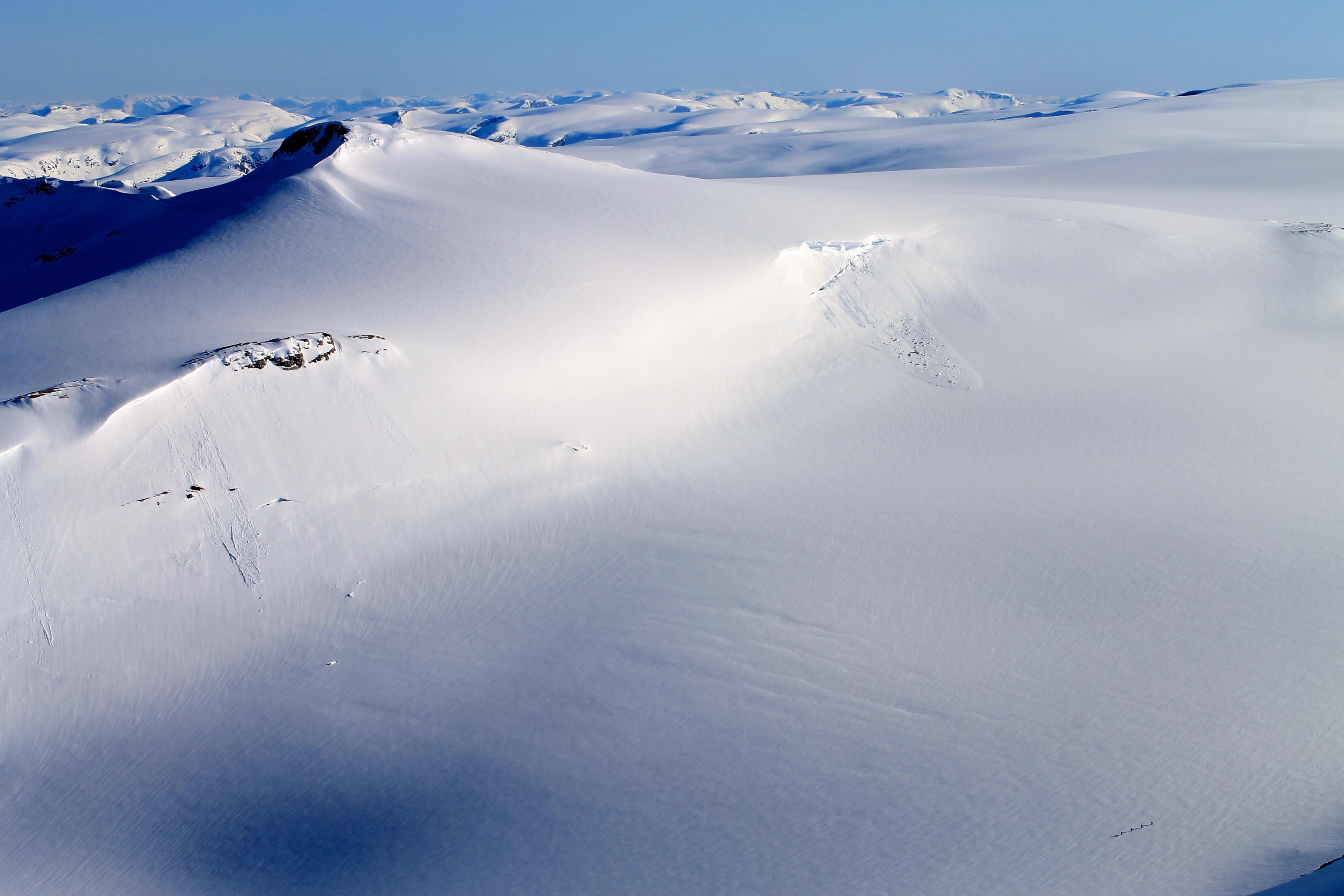 Brenibba er en kort og enkel avstikker med fin utsikt. Her sett fra Lodalskåpa.