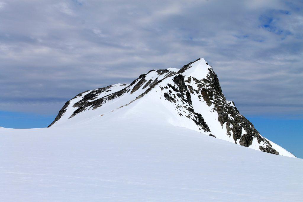 Toppen Kjenndalskruna er en anbefalt avstikker med flott utsikt.