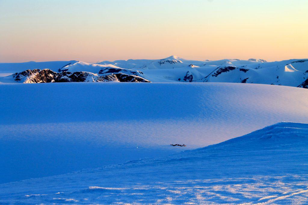 Kveldskumring over Jostedalsbreen.