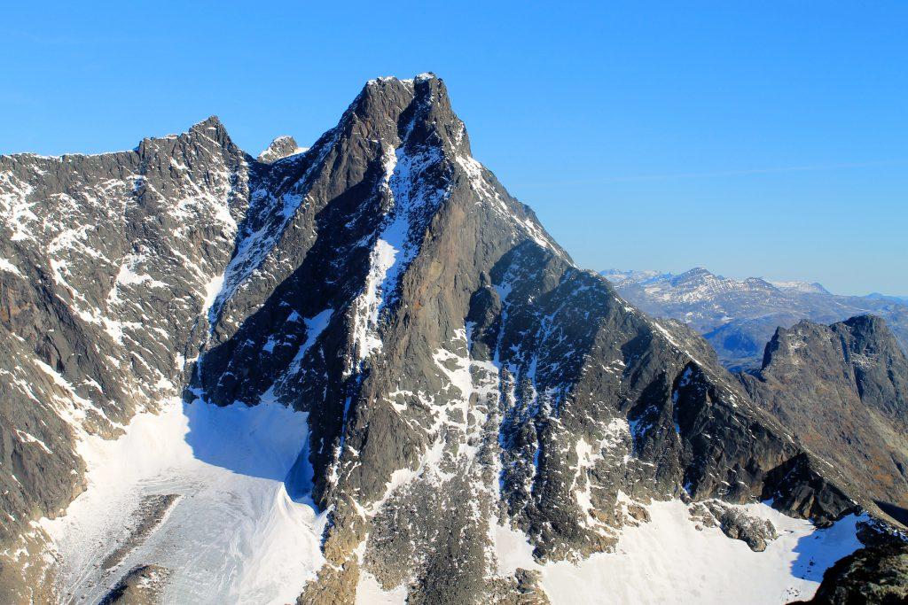 Store Skagestølstind (2.406 moh) i Hurrungane.
