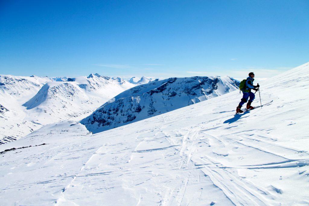 Topptur på ski til Galdhøpiggen fra Spiterstulen.