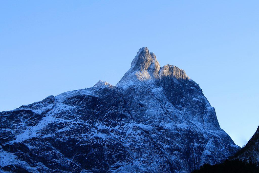 Romsdalshornet er et av de mest populære klatrefjellene i Romsdalen.