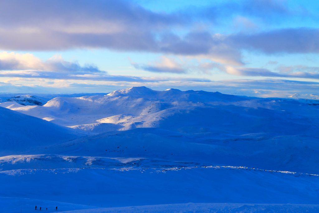 Norefjellsryggen mot Gråfjell sett fra Høgevard.