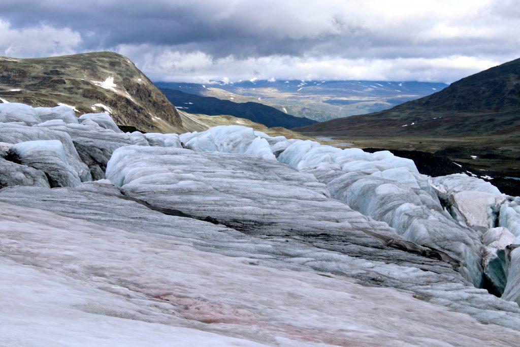 Utsikt fra Veobrean mot Skautflye og Visdalen.