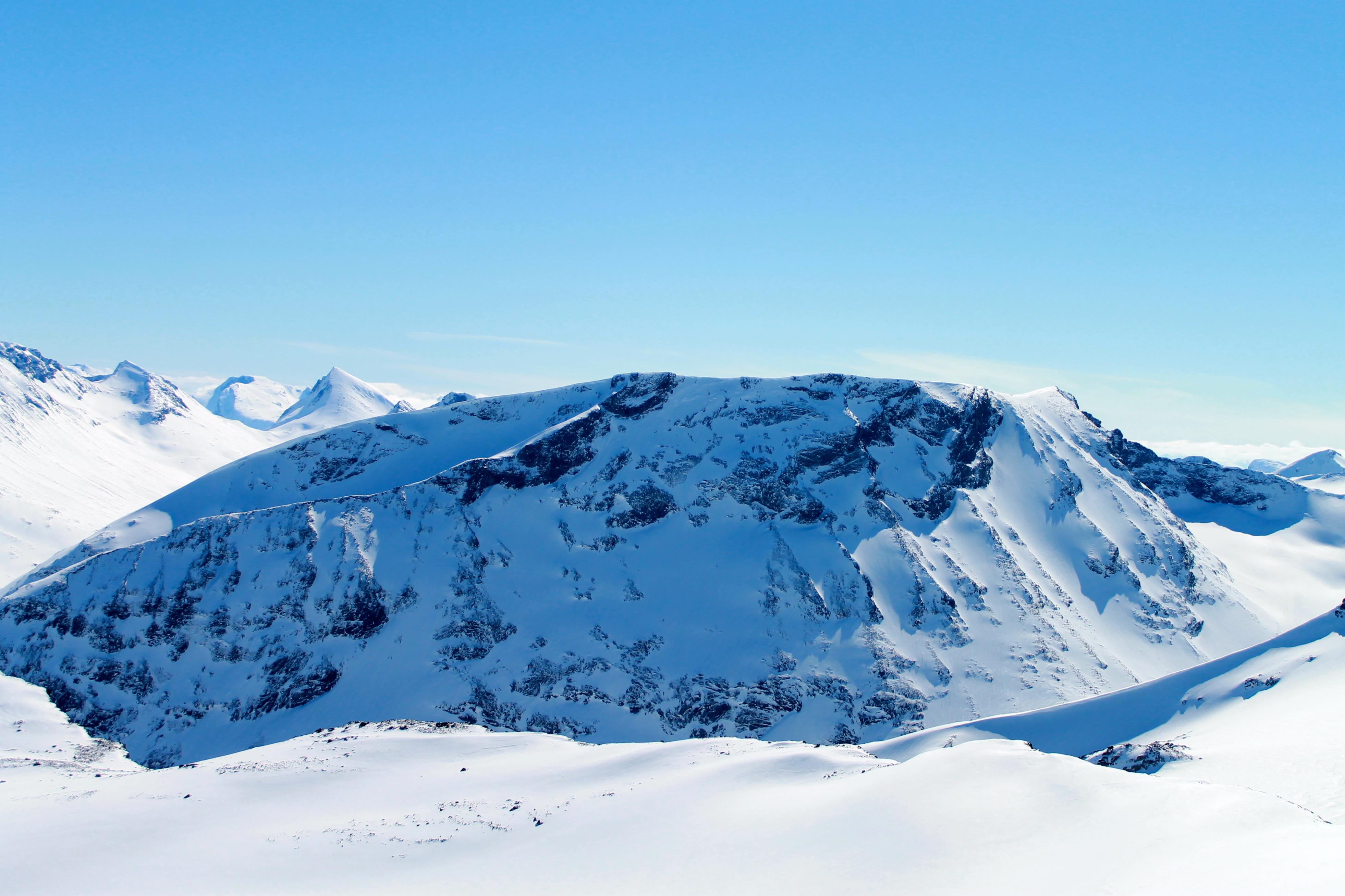 Styggehøe (2.213 moh) vinterstid. Her sett fra Svellnose (2.273 moh).