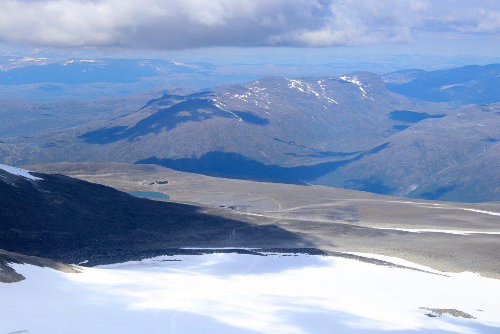 Den enkleste veien til toppen av Galdhøpiggen er fra Juvasshytta over Styggebreen.