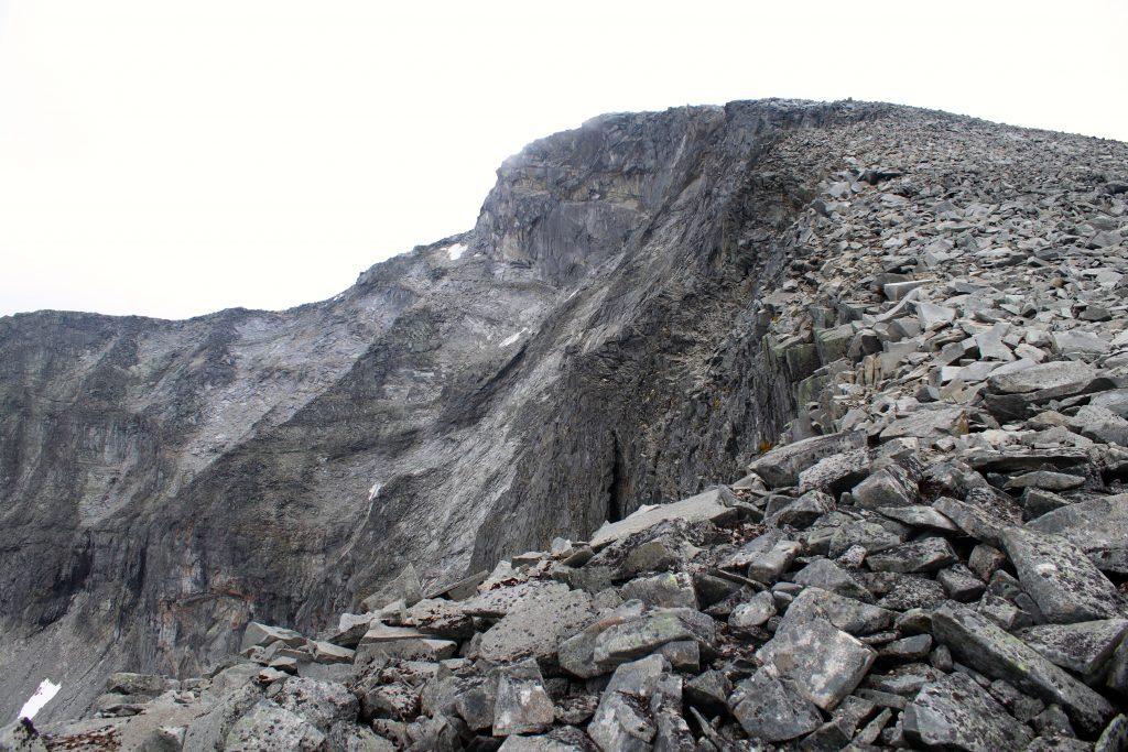 Mot toppen av Nautgardstinden i Jotunheimen.