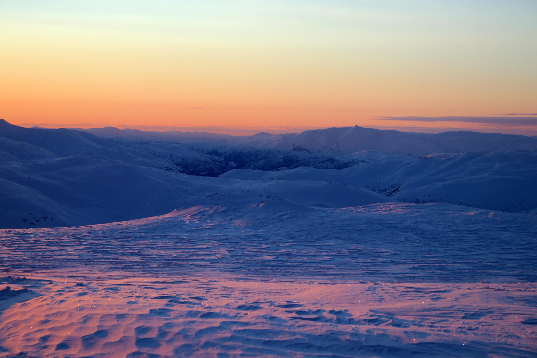 Raundalen retning mot Lønahorgi (1.410 moh) sett fra Øykjafonn.