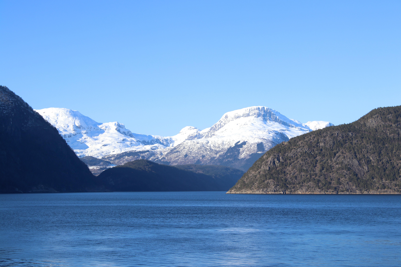 Vassfjøra og Osafjorden sett fra Brimnes.