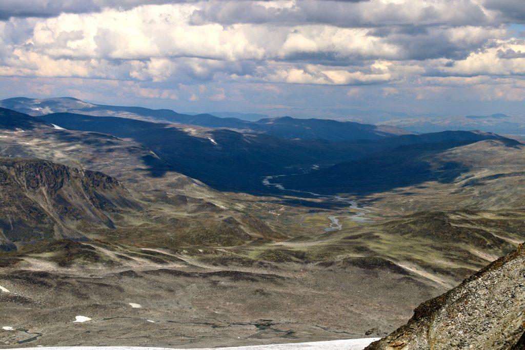 Veodalen seen from Stygghøbreskardet.