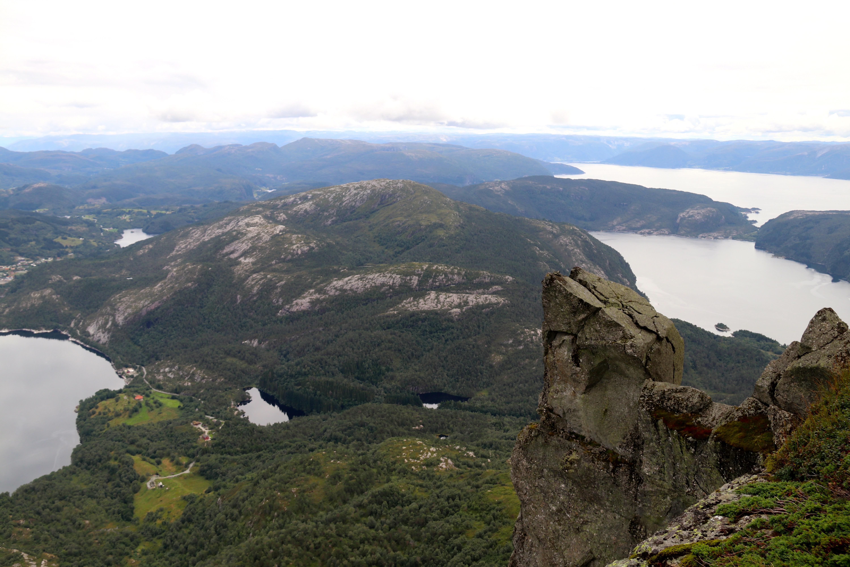 Gygretunga er en fjellhylle med overheng fra Gykgrekjeften, en topp på Lihesten.