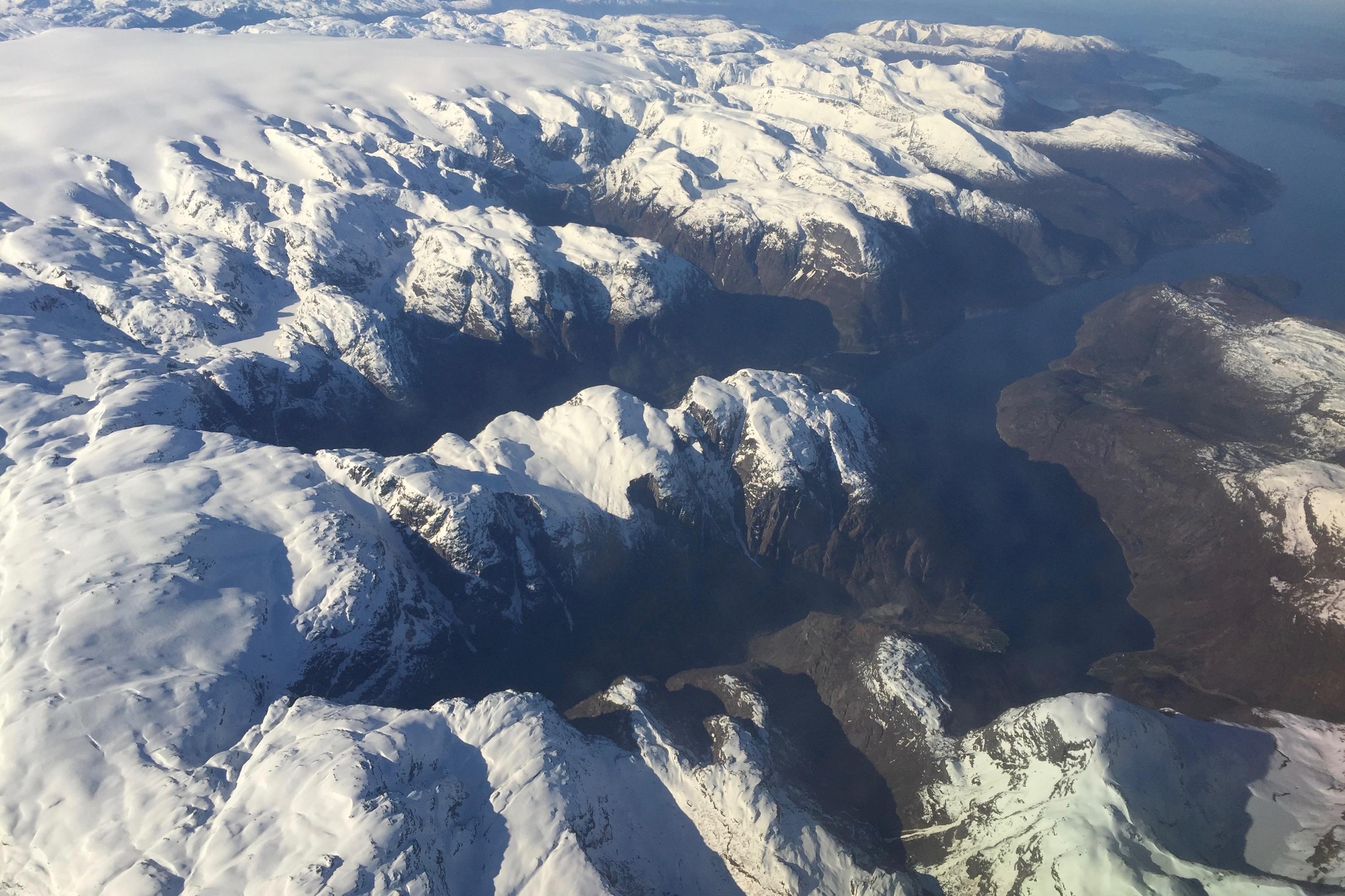 Murangsfjorden, Riplessåta og Øyresdalen sett fra luften like over Nordfonna.