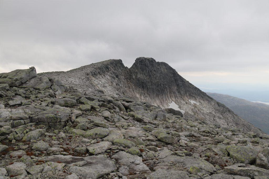 Den karakteristiske ryggtraversen på toppen av Gygrastolen.