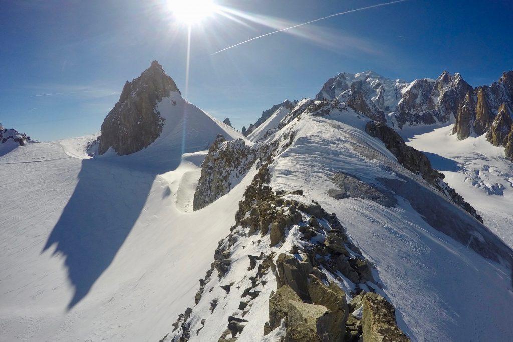 Petit Flambeau (3.440 moh) med Aiguille de Toule (3.538 moh) bak.