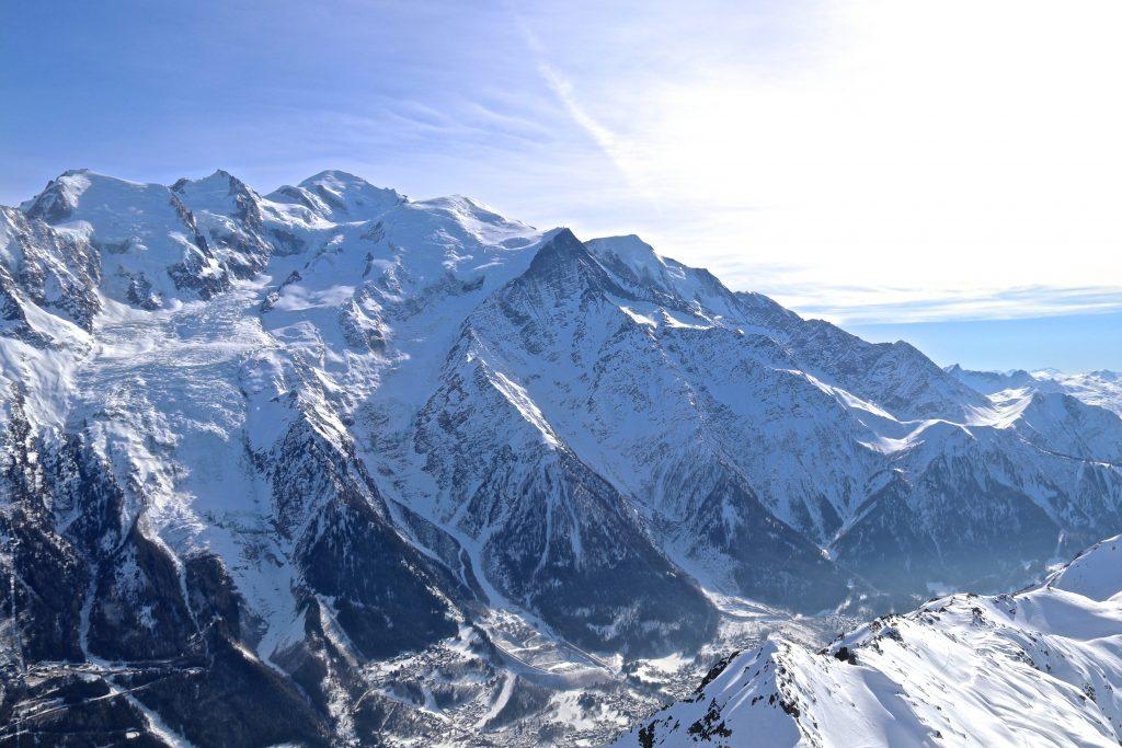 Mont Blanc (4.808 moh) sett fra Le Brevent (2.524 moh).
