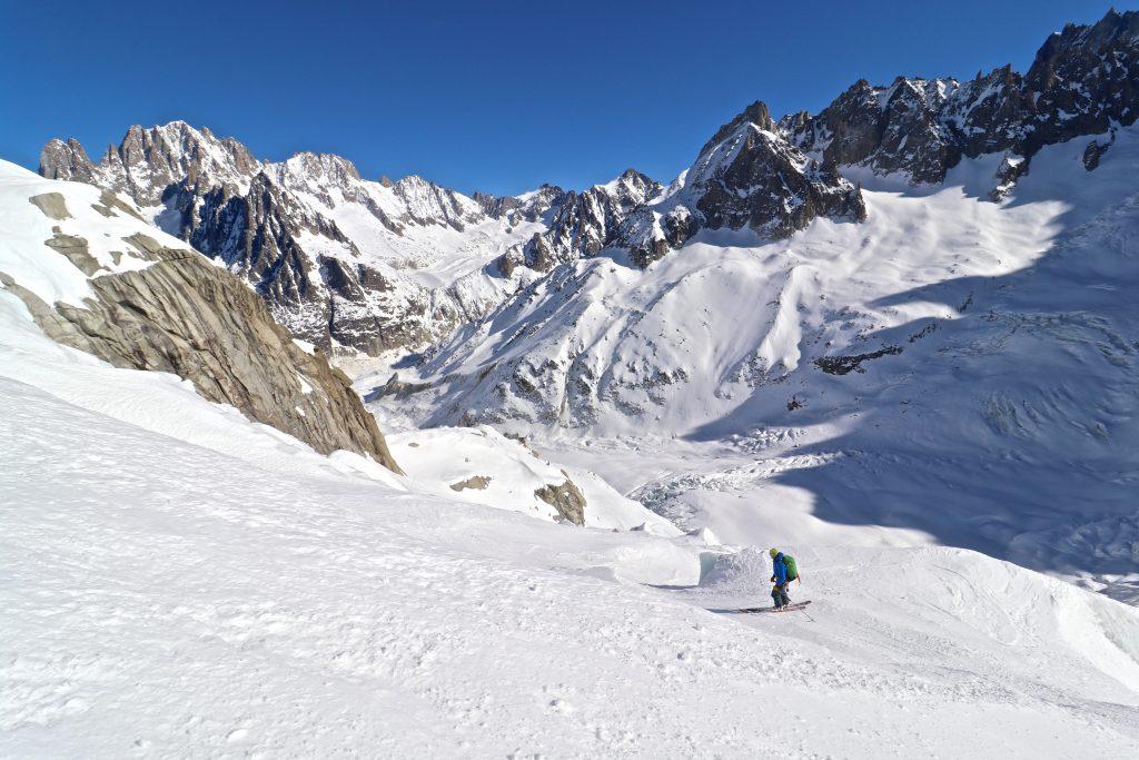 Skikjøring ned Vallée Blanche - ruten Grand Envers du Plan.