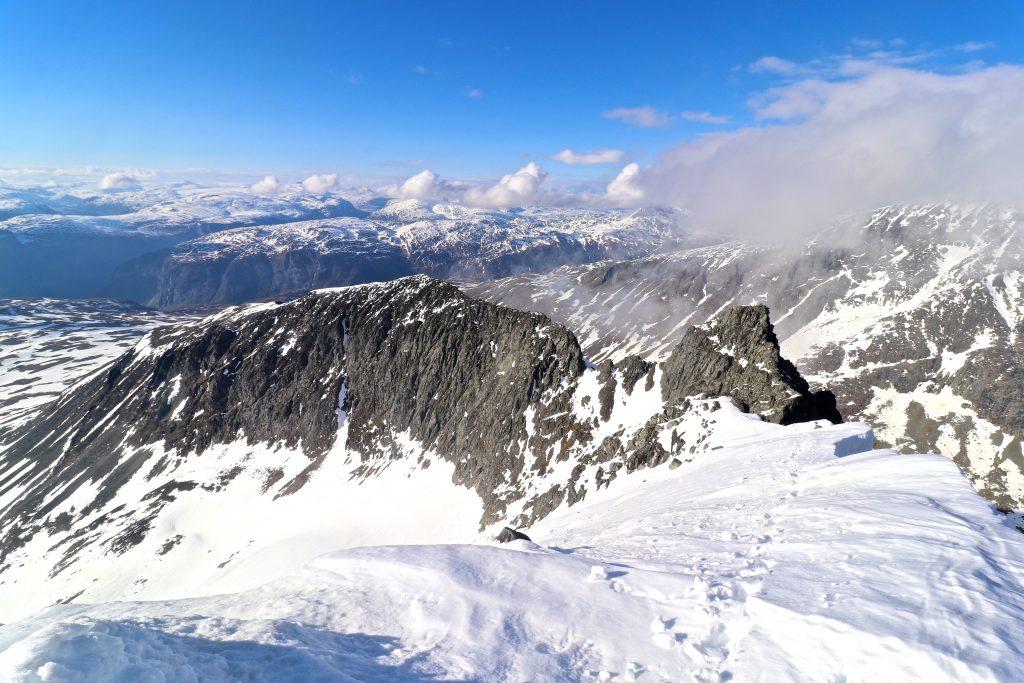 Soleibotntind-traversen i den vestlige delen av Hurrungane mellom Lauvnostinden og Soleibotntinden (2.083 moh).