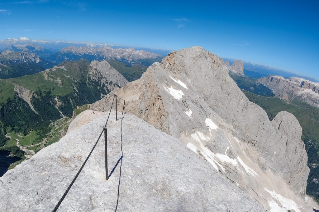 Vestryggen på Marmolada har en fantastisk utsikt over Dolomittene.