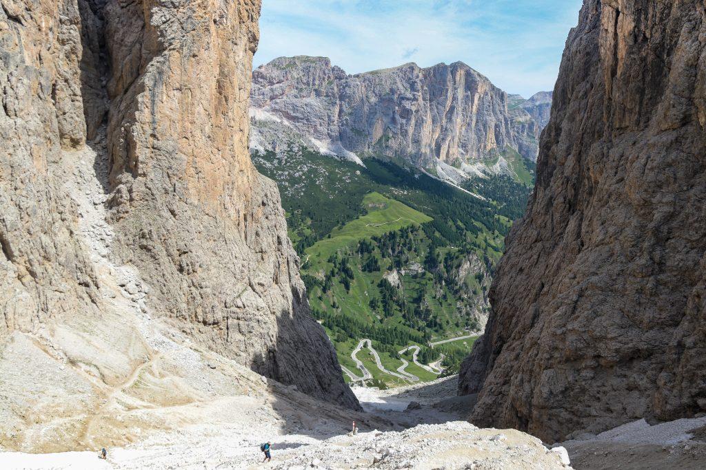 Returen fra Pisciadù platået går ned gjennom Val Setus, en forholdsvis bratt nedstigning.