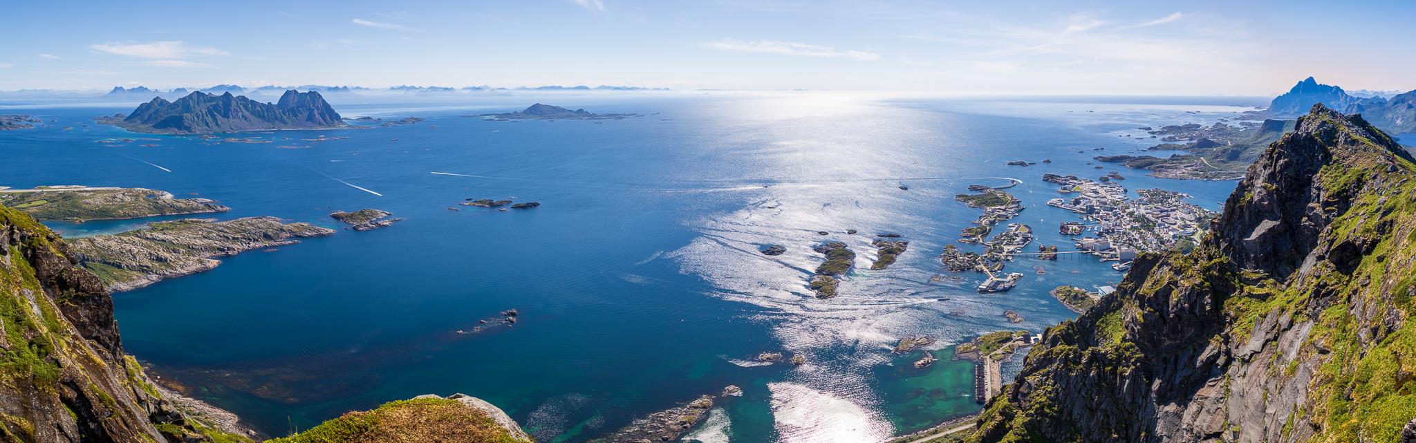 Panoramautsikt fra Fløya.