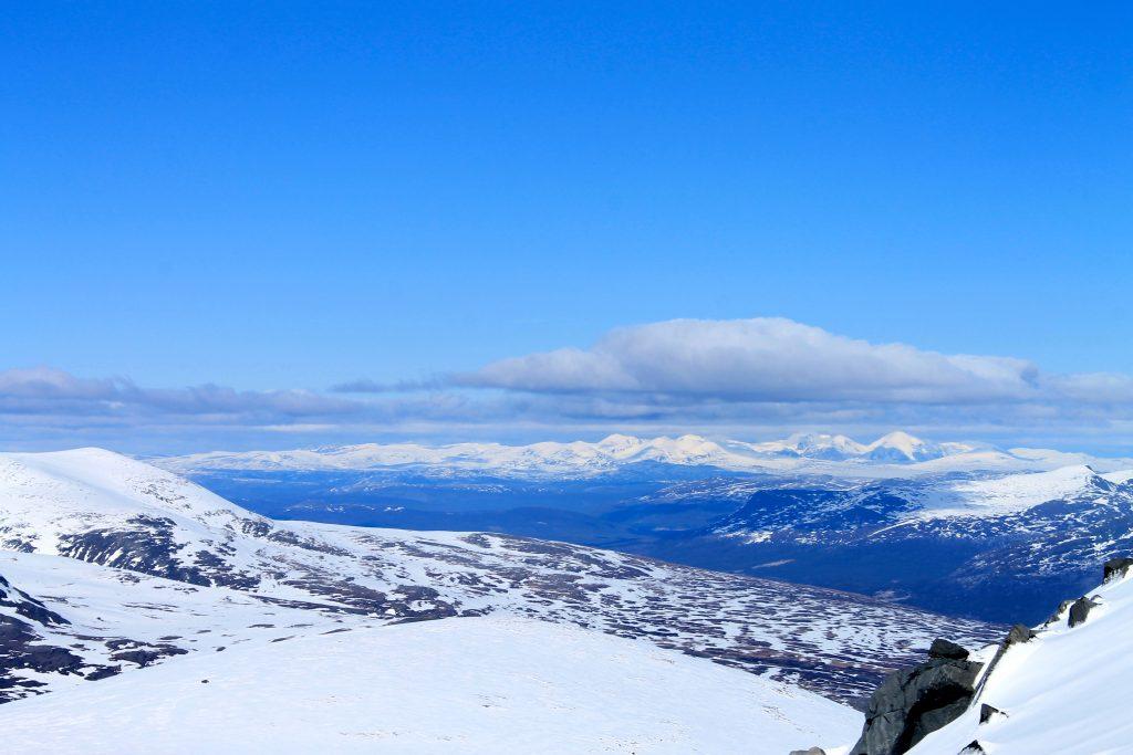 Utsikt mot Rondane i øst.
