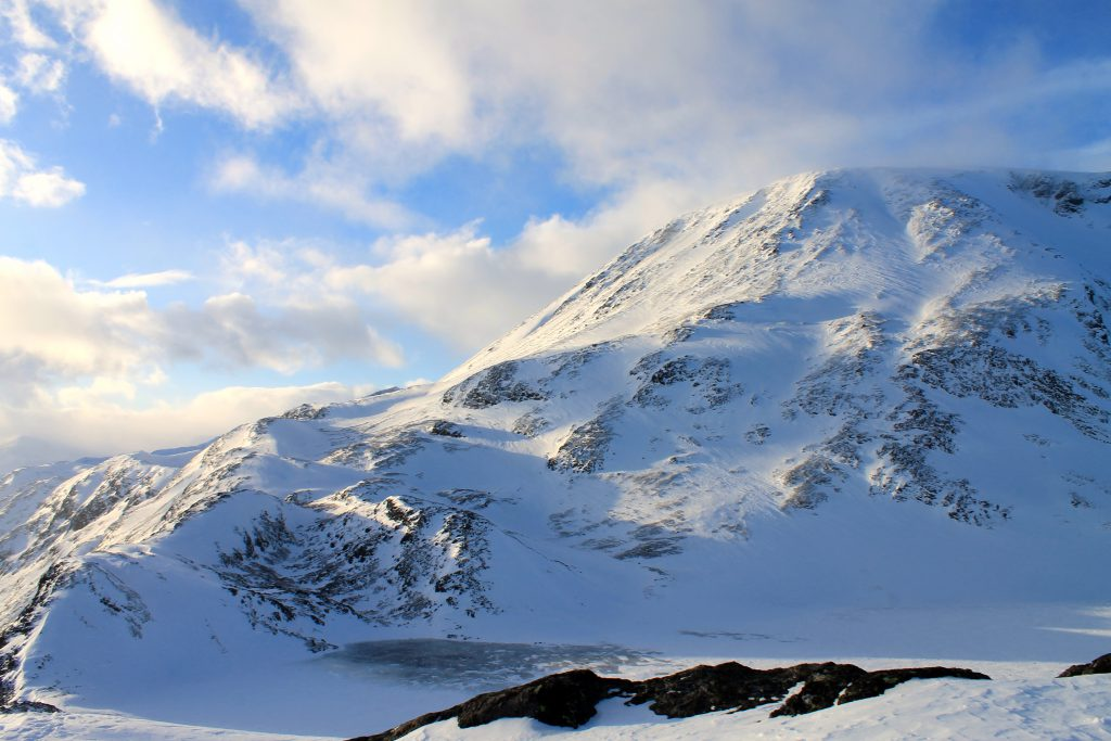 Besshøe (2.258 moh) sett fra Besseggen