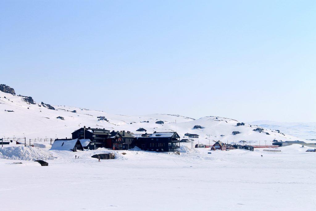 Finse markerer starten på Hardangervidda i nord.