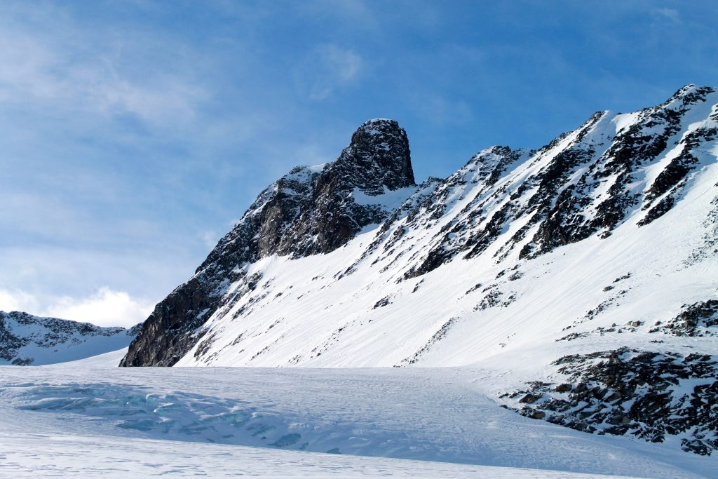Nørdre Hellstugutinden (2.218 moh) i Jorunheimen.