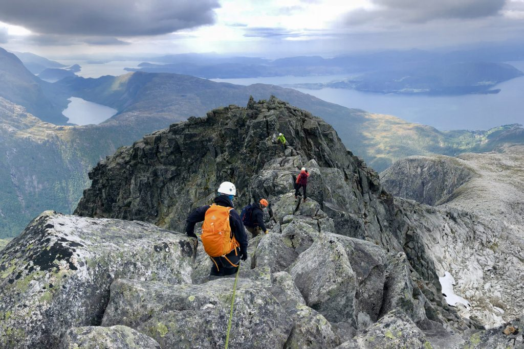 På toppen av Gygrastolen (1.330 moh). Toppunktet er også kalt Nibbo.