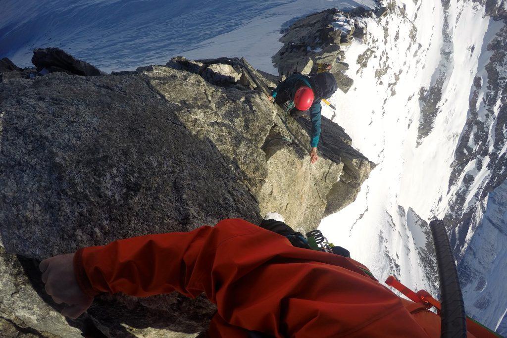 Klyving opp østryggen mot toppen av Aiguilles Marbrées.