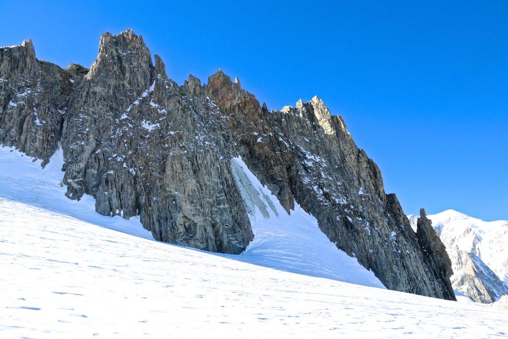 Aiguilles Marbrées sett fra breen Glacier du Géant.