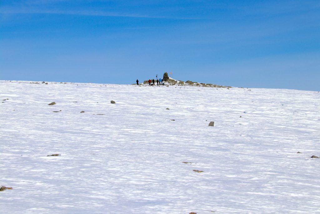 På toppen av Ranastongi (1.900 moh).